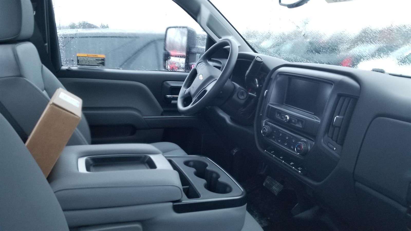 2020 Silverado 6500 Regular Cab DRW 4x2,  Cab Chassis #20C2513 - photo 4