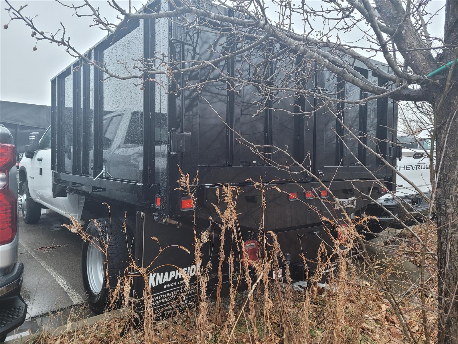 2020 Chevrolet Silverado 3500 Crew Cab DRW 4x2, Knapheide Heavy-Hauler Junior Landscape Dump #20C2518 - photo 2