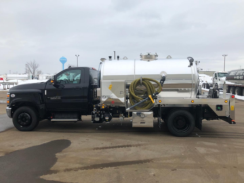 2020 Chevrolet Silverado 6500 Regular Cab DRW 4x2, Imperial Industries Inc. Water Truck #20C775 - photo 3