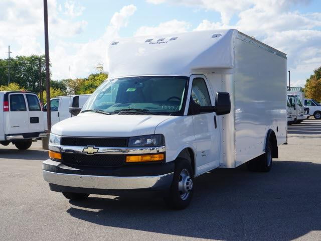 2021 Express 4500 DRW 4x2,  Rockport Cargoport Cutaway Van #21CC1887 - photo 5