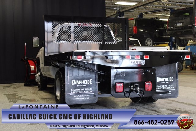 2016 Sierra 3500 Regular Cab 4x4, Knapheide Platform Body #16G5987 - photo 2
