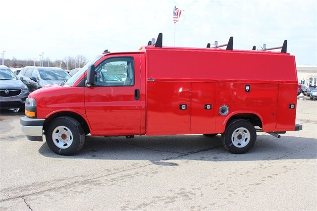2017 Savana 3500, Service Utility Van #17G7259 - photo 5