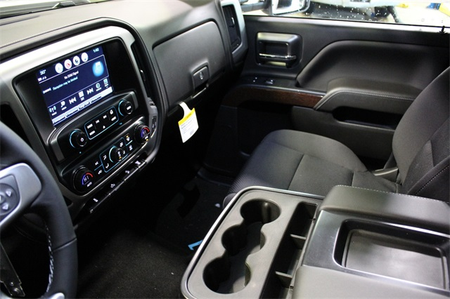 2018 Sierra 3500 Crew Cab 4x4, Pickup #18G1351 - photo 17