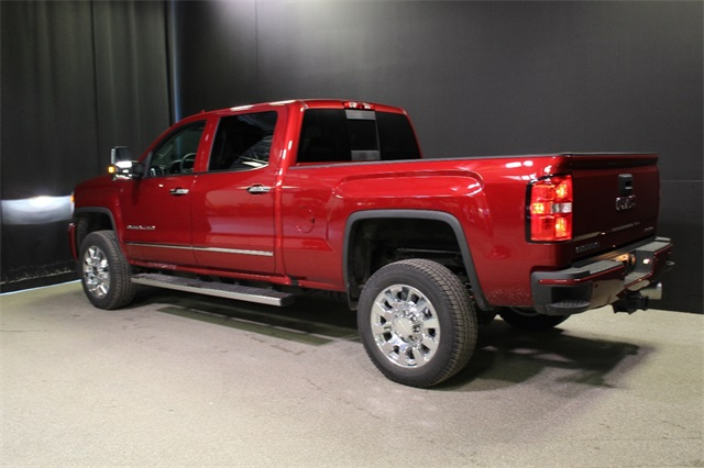 2018 Sierra 2500 Crew Cab 4x4, Pickup #18G2160 - photo 2