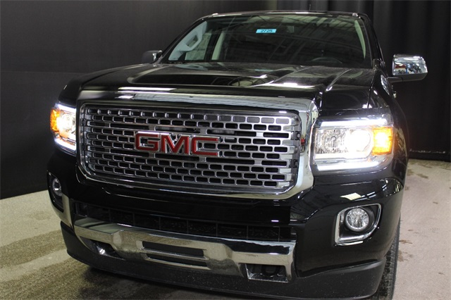 2018 Canyon Crew Cab 4x4, Pickup #18G2725 - photo 3