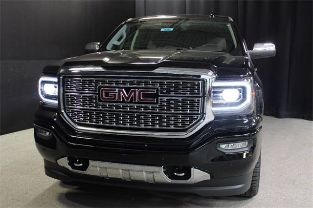 2018 Sierra 1500 Crew Cab 4x4,  Pickup #18G4084 - photo 3