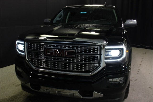 2018 Sierra 1500 Crew Cab 4x4,  Pickup #18G4693 - photo 3