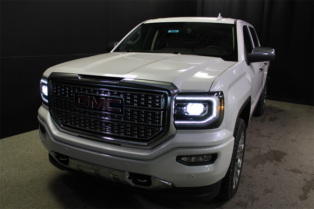 2018 Sierra 1500 Crew Cab 4x4,  Pickup #18G4725 - photo 3