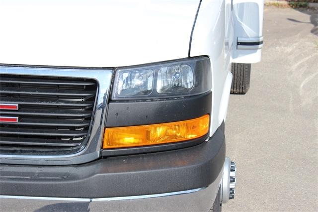 2019 Savana 3500 4x2, Unicell Classicube Cutaway Van #19G4135 - photo 4