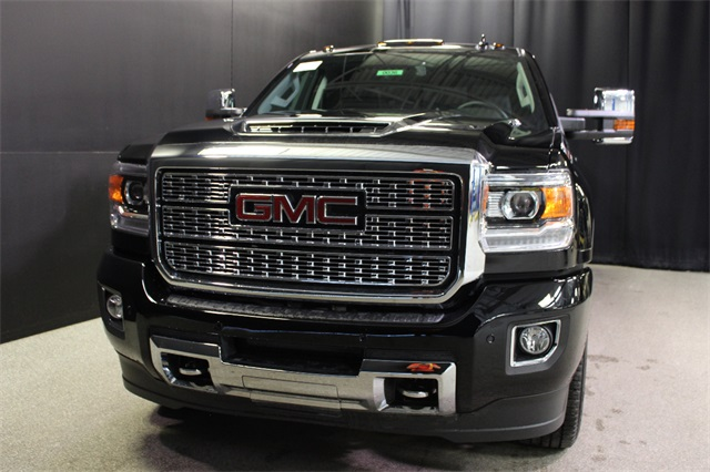 2019 Sierra 2500 Crew Cab 4x4,  Pickup #19G525 - photo 3