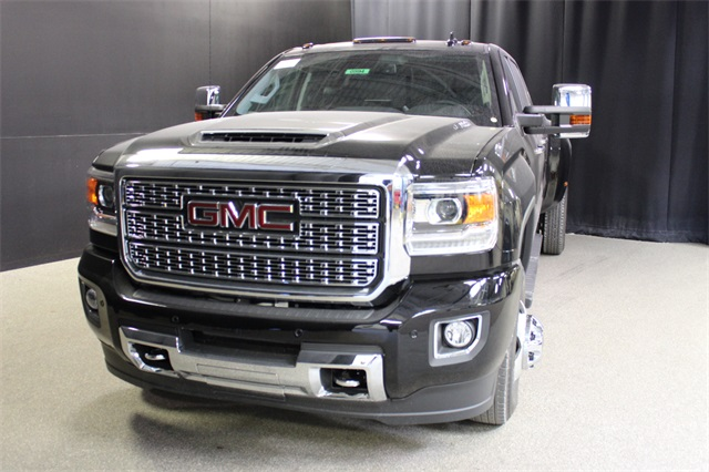 2019 Sierra 3500 Crew Cab 4x4,  Pickup #19G594 - photo 3