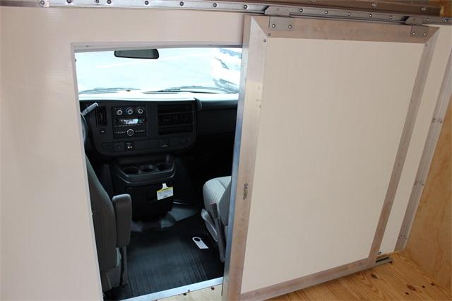 2019 Savana 3500 4x2, Bay Bridge Classic Cutaway Van #19G6282 - photo 18