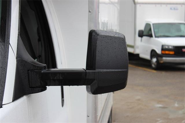 2019 Savana 3500 4x2, Bay Bridge Classic Cutaway Van #19G6282 - photo 5