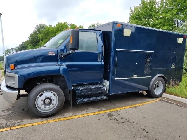 2004 GMC C6500 4x2, Other/Specialty #1G1071P - photo 1