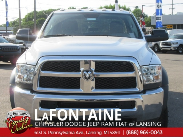 2016 Ram 4500 Crew Cab DRW 4x2,  Knapheide Platform Body #16L1004 - photo 4