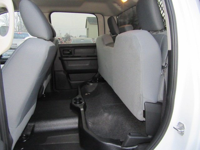 2017 Ram 3500 Crew Cab DRW 4x4, Knapheide Dump Body #17L1423 - photo 10