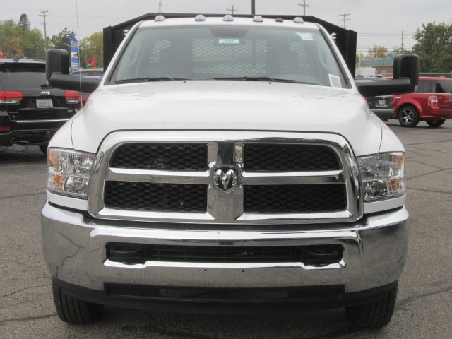 2017 Ram 3500 Regular Cab DRW, Monroe Platform Body #17L2586 - photo 4