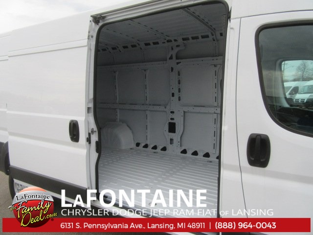 2017 ProMaster 2500 High Roof Cargo Van #17L2641 - photo 13
