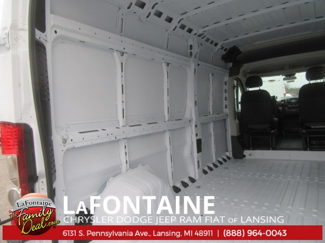 2017 ProMaster 2500 High Roof Cargo Van #17L2641 - photo 15