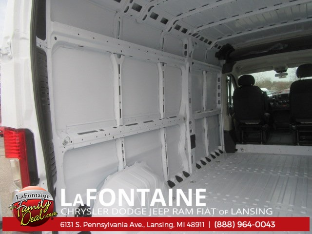 2017 ProMaster 2500 High Roof Cargo Van #17L2644 - photo 15