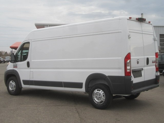 2017 ProMaster 2500 High Roof FWD,  Empty Cargo Van #17L2649 - photo 3