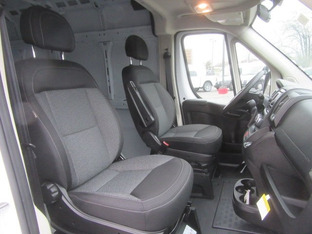 2017 ProMaster 2500 High Roof FWD,  Empty Cargo Van #17L2649 - photo 12