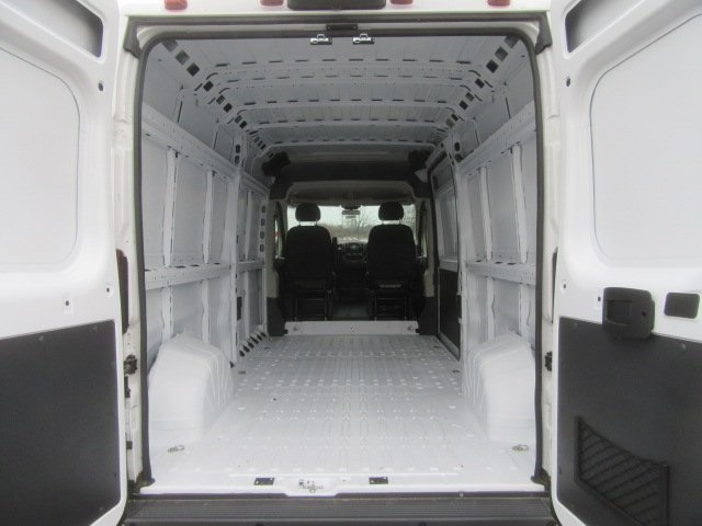 2017 ProMaster 2500 High Roof FWD,  Empty Cargo Van #17L2649 - photo 2