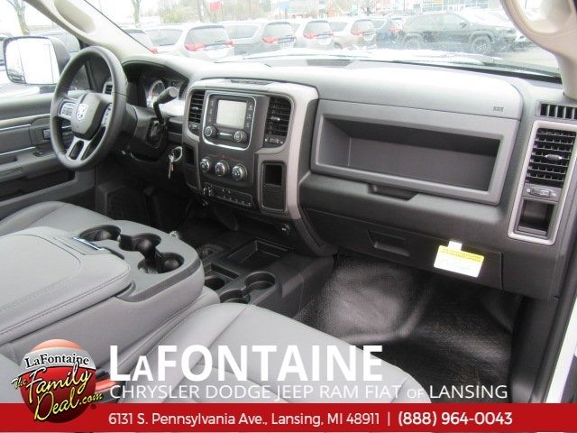 2017 Ram 2500 Regular Cab 4x4,  Reading Service Body #17L2665 - photo 17