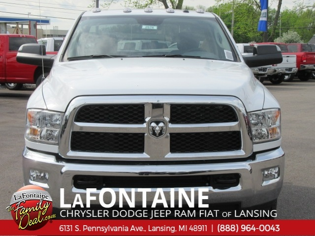 2017 Ram 3500 Regular Cab DRW 4x4,  Cab Chassis #17L2676 - photo 4