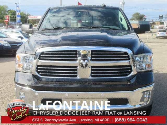 2018 Ram 1500 Crew Cab 4x4 Pickup #18L0138 - photo 4