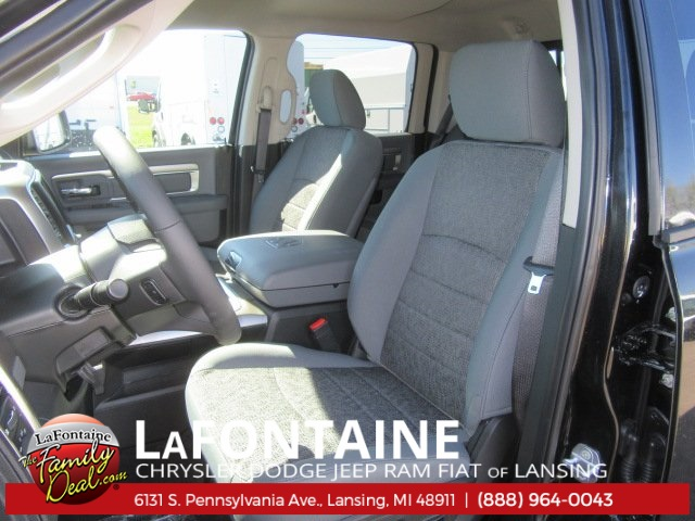 2018 Ram 1500 Crew Cab 4x4 Pickup #18L0239 - photo 5