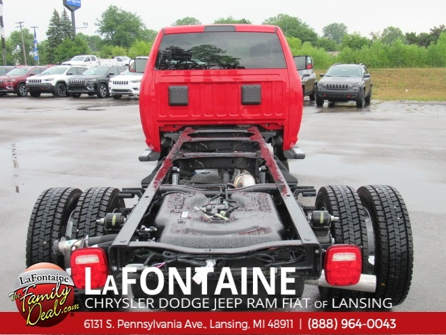 2018 Ram 5500 Regular Cab DRW 4x4,  Cab Chassis #18L1526 - photo 11