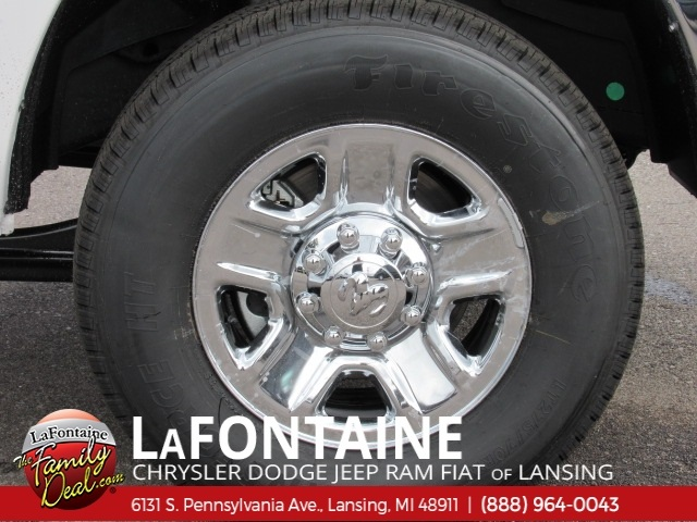 2018 Ram 3500 Crew Cab 4x4,  Pickup #18L1604 - photo 3