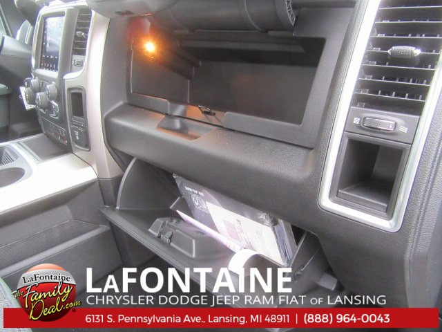 2018 Ram 1500 Crew Cab 4x4 Pickup #18L433 - photo 18