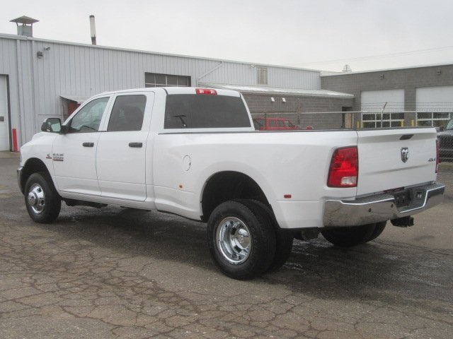 2018 Ram 3500 Crew Cab DRW 4x4, Pickup #18L450 - photo 2