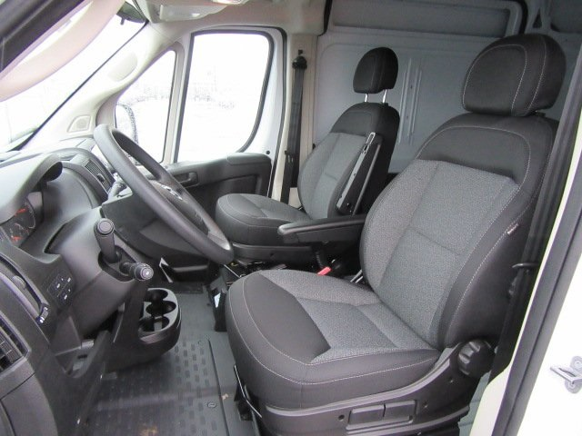 2018 ProMaster 3500 High Roof, Cargo Van #18L595 - photo 6