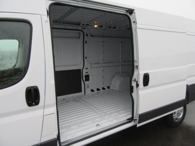 2018 ProMaster 3500 High Roof, Cargo Van #18L595 - photo 11