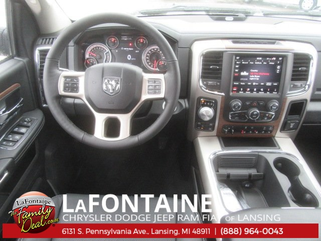 2018 Ram 1500 Crew Cab 4x4 Pickup #18L610 - photo 17