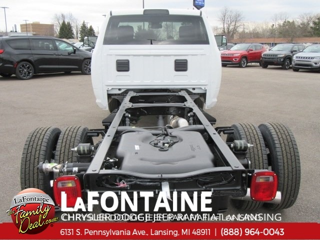 2018 Ram 3500 Regular Cab DRW 4x4,  Cab Chassis #18L794 - photo 9