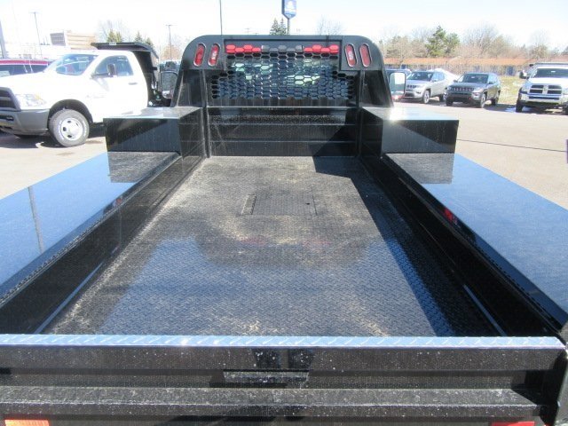 2018 Ram 3500 Regular Cab DRW 4x4, Knapheide Platform Body #18L973 - photo 17