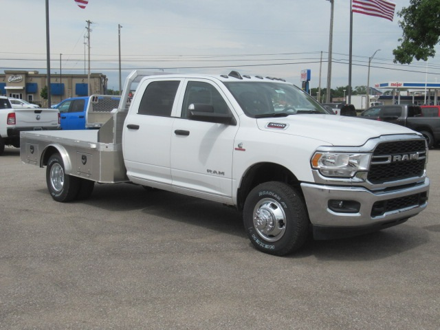 2019 Ram 3500 Crew Cab DRW 4x4, Monroe Platform Body #19L1281 - photo 1