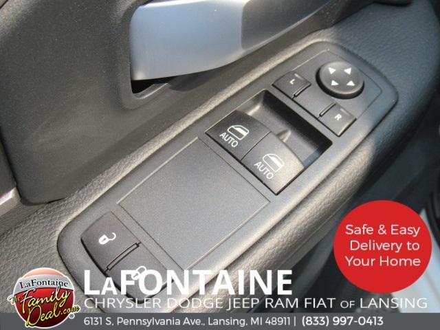 2019 Ram 5500 Regular Cab DRW 4x4,  Norstar SR Platform Body #19LC2306 - photo 26