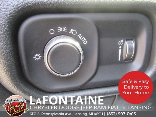2021 Ram 3500 Regular Cab DRW 4x2,  Knapheide Heavy-Hauler Junior Platform Body #21LC1155 - photo 10