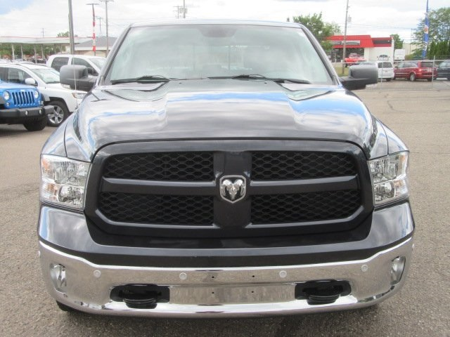 2016 Ram 1500 Crew Cab 4x4 Pickup #7LA1668P - photo 4
