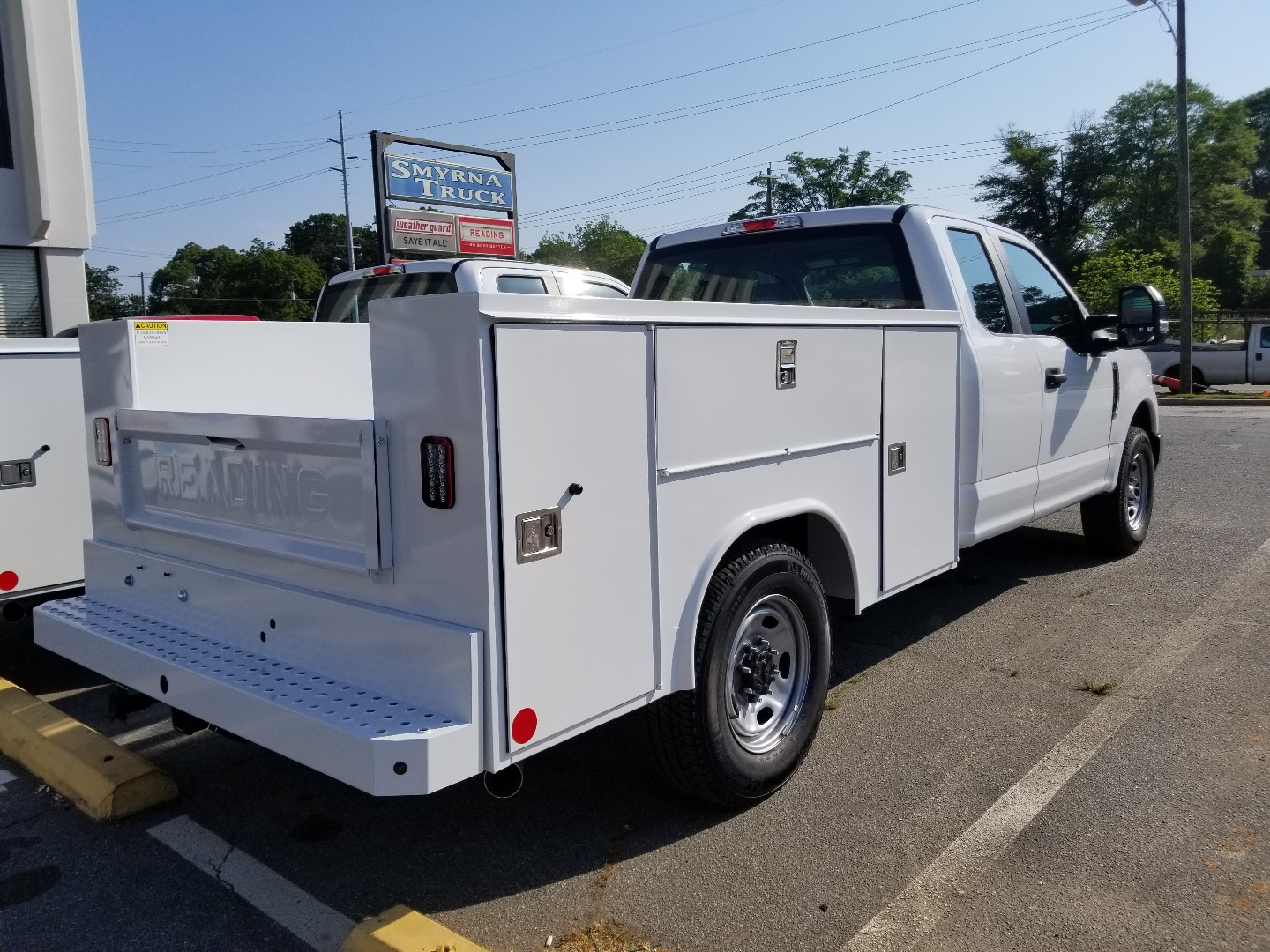 2018 F-250 Regular Cab 4x2,  Reading SL Service Body #5293 - photo 2