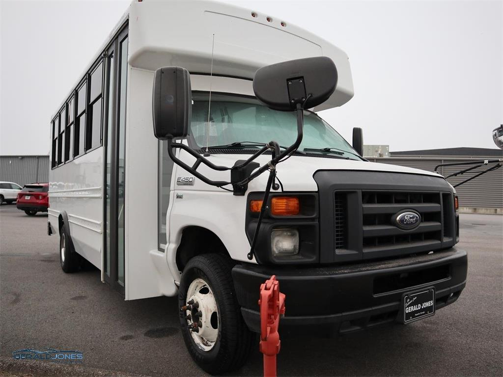 2016 Ford E-450 4x2, Other/Specialty #596042 - photo 1