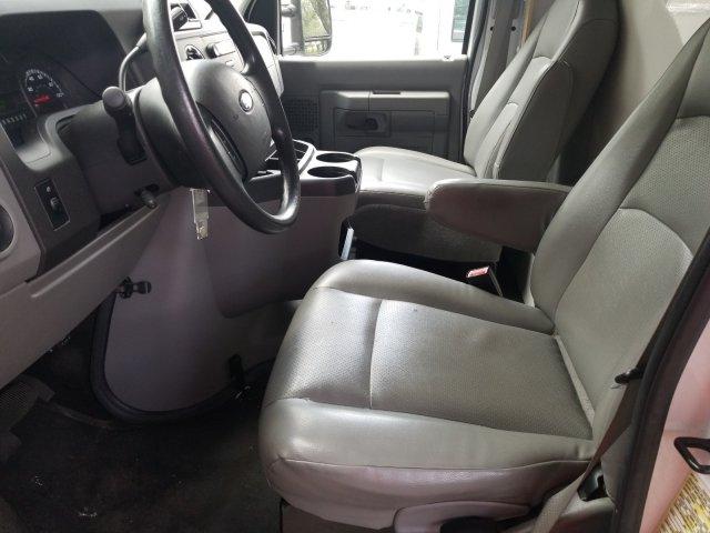 2015 E-350, Cutaway Van #FDA05342 - photo 11