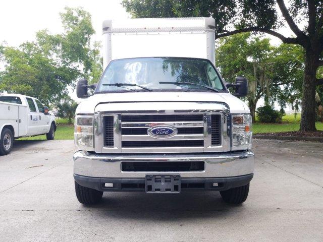 2015 E-350, Cutaway Van #FDA05342 - photo 3