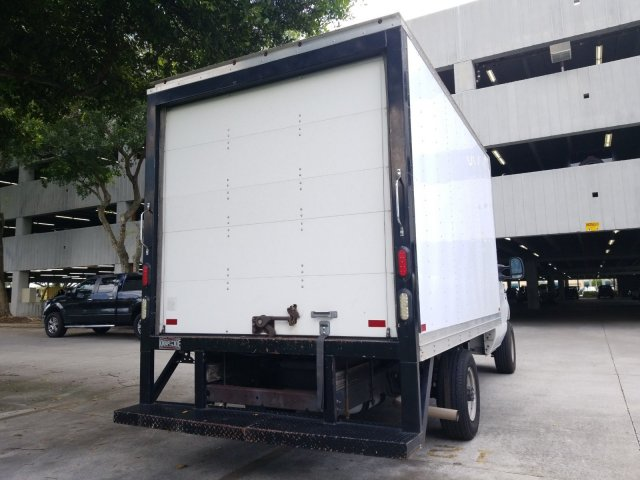 2015 E-350, Cutaway Van #FDA05342 - photo 4