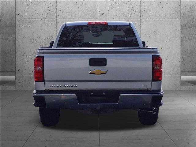 2015 Chevrolet Silverado 1500 Crew Cab 4x2, Pickup #FG259375 - photo 2